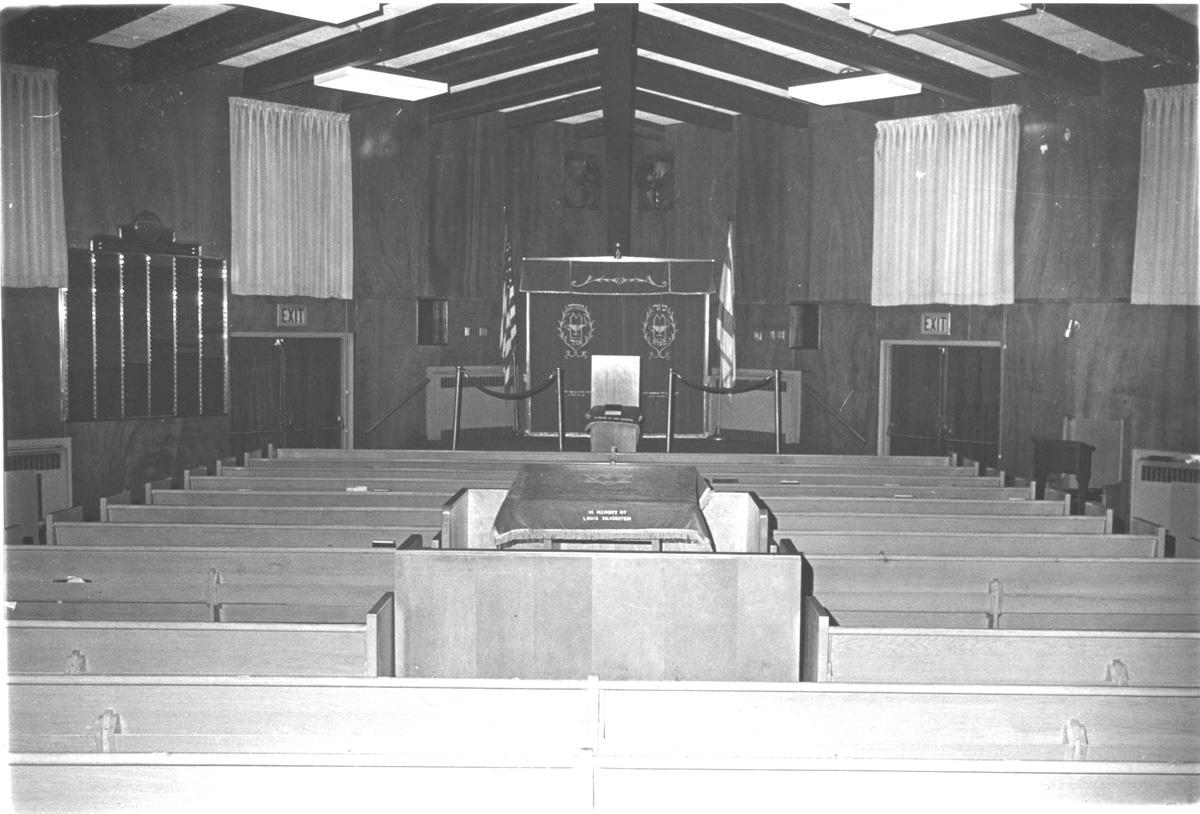 original interior of Congregation Adath Israel Elizabeth